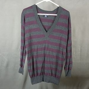 3 for $12- GAP small Sweater